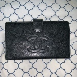 Chanel Black Caviar Leather Bifold Wallet